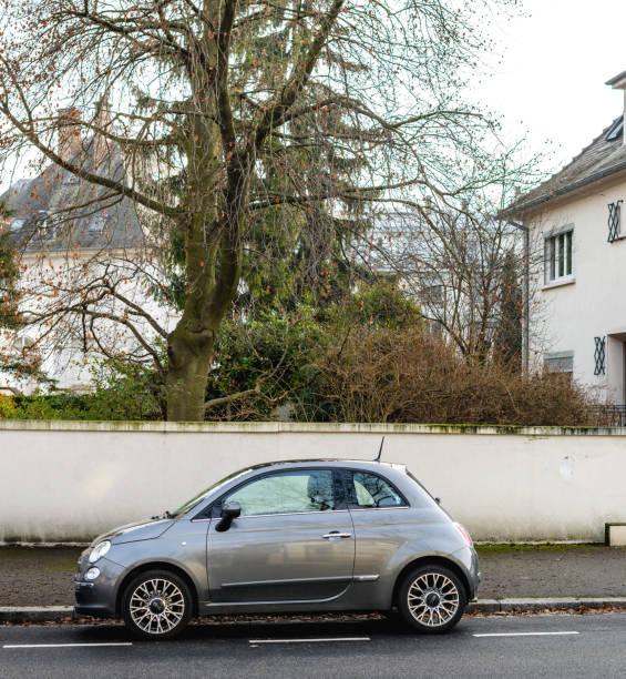 Fiat cinquecento 500 on street picture id643776074?b=1&k=6&m=643776074&s=612x612&w=0&h=lg86zdaoze5ffsbctm0msyxjootai2gircic wvzitk=