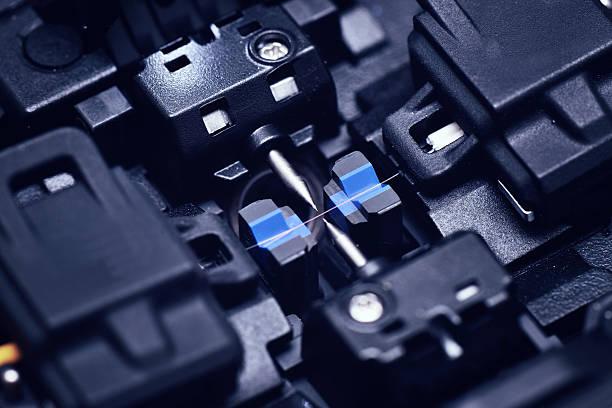glasfaser fusion klebepresse - spleißen stock-fotos und bilder