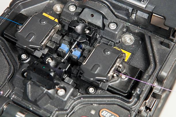 glasfaser fusion kleben machine - spleißen stock-fotos und bilder