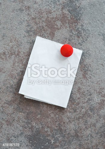 istock Field Note with Red Round Button 475187172