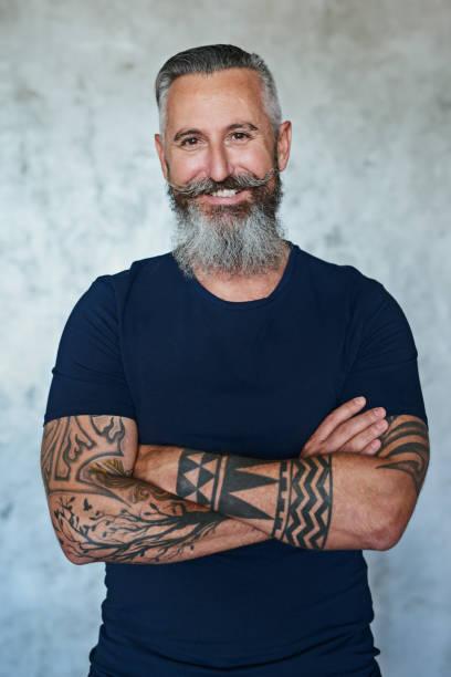 fierce aber immer ein gentleman - alte tattoos stock-fotos und bilder