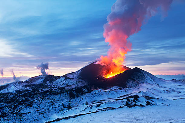 Fiery Kamchatka Volcanic eruption Flat Tolbachik volcano stock pictures, royalty-free photos & images