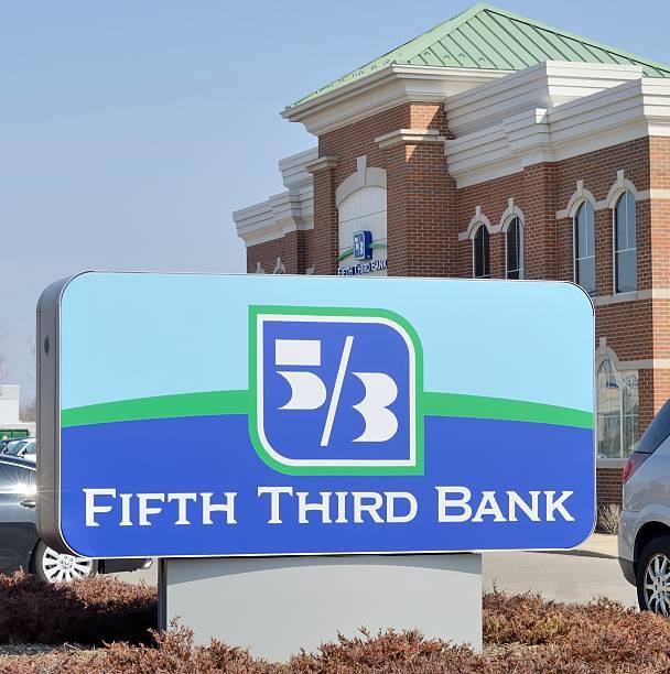 fifth third banco - terceira imagens e fotografias de stock