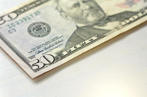 Vijftig Dollar Met Een Notitie 50 Dollar Stockfoto en meer beelden van Amerikaanse cultuur