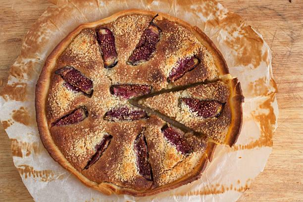 feige pie - apfel marzipan kuchen stock-fotos und bilder