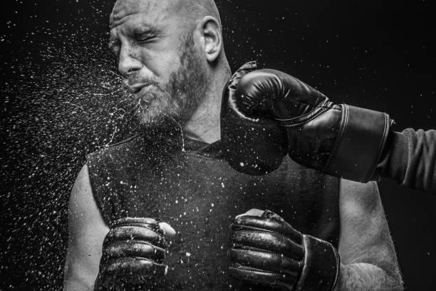 戰鬥機拳擊淘汰賽 - 毆打 個照片及圖片檔