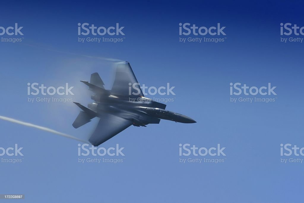F-15 fighter jet with contrails - Royalty-free Advanced Tactical Fighter Stock Photo