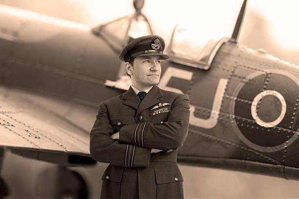 Fighter pilot picture id117151038?b=1&k=6&m=117151038&s=612x612&w=0&h=jzmeqwz 7awtqnyt aqezntsbfe3n8pzehb3fmfkfmc=