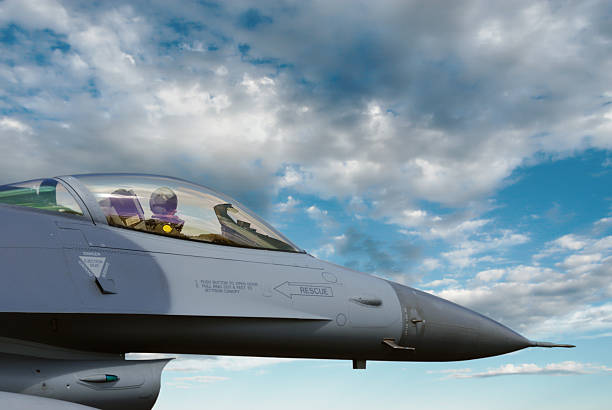 F-16 Fighting Falcon Jet Fighter Pilot  f 16 fighting falcon stock pictures, royalty-free photos & images