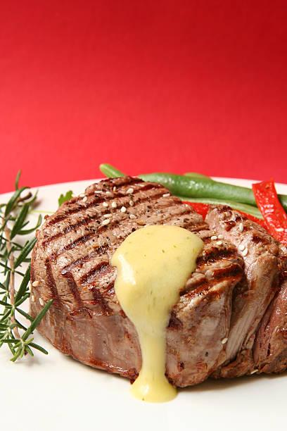 filet mignon - sauce bernaise stock-fotos und bilder