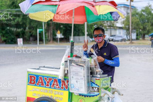 Filipino man sells snack food items on his rolling store in subic bay picture id913649628?b=1&k=6&m=913649628&s=612x612&h=s9mcudzxd3qzqw2tp9urhxwbbdt mdedxpyrndjsznw=