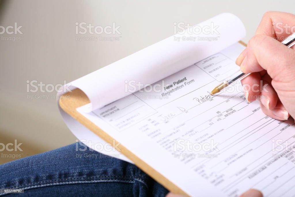Patienten-Info-Formular ausfüllen – Foto