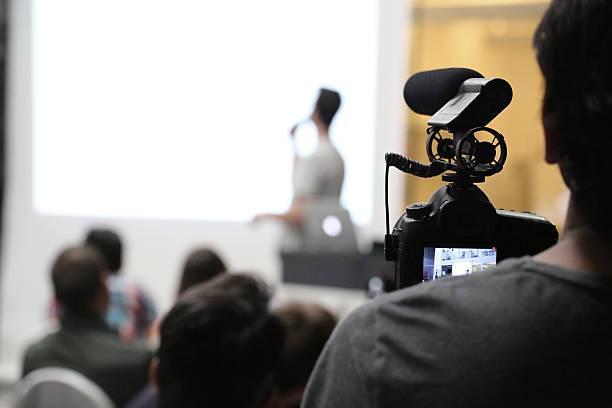 Filmación un evento preseantation - foto de stock