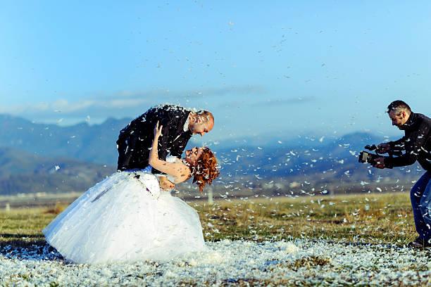 filmen hochzeit - wedding photography and videography stock-fotos und bilder