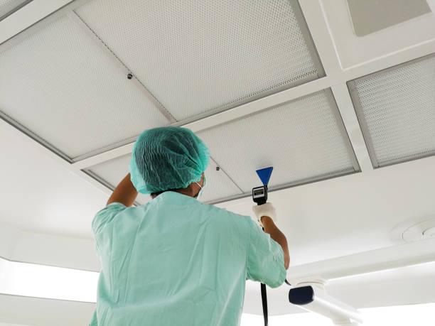 hepa filterinstallation dichtheitsprüfung - reinraumprüfung & zertifizierung. - luftfilter stock-fotos und bilder