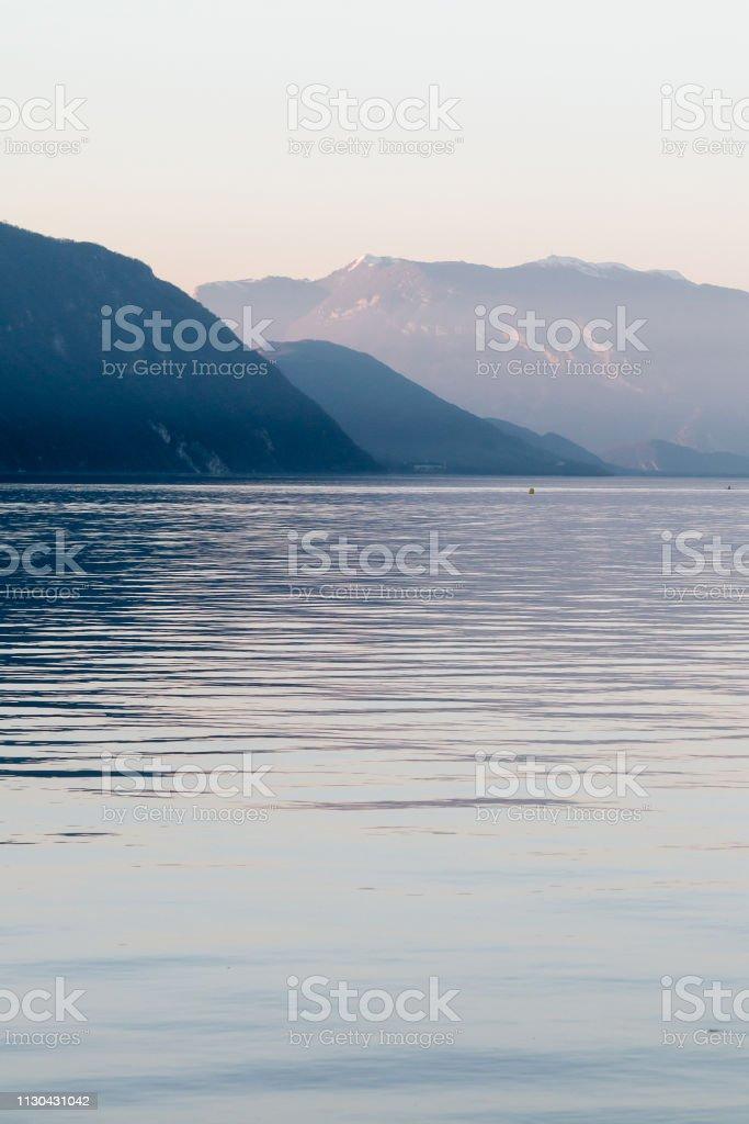 Fin de journée d'hiver au Lac du Bourget - Photo