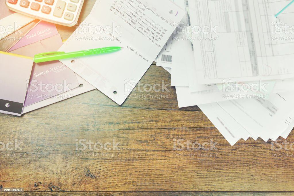 Finance concept : bankruptcy , Ballpoint pen pointing zero number in passbook stock photo