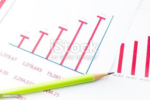 istock Financial accounting 538652941