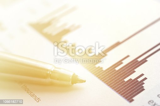 istock Financial Chart Report 1095182710