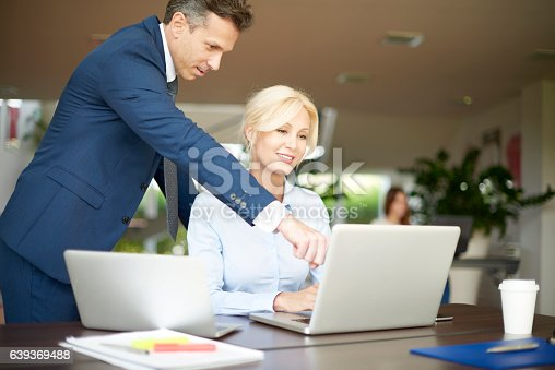 625740042 istock photo Financial management in the office 639369488