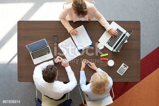 625740042 istock photo Financial meeting at office 637326314