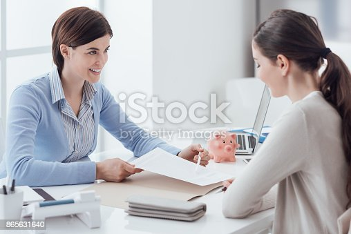 istock Financial planning 865631640