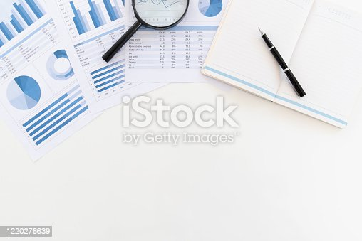 675825950 istock photo financial report above view 1220276639