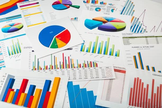 financial report. - diagramma a colonne foto e immagini stock
