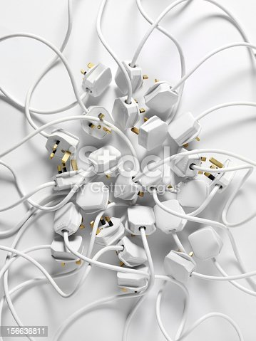 White 3 pin plugs, all unconnected.