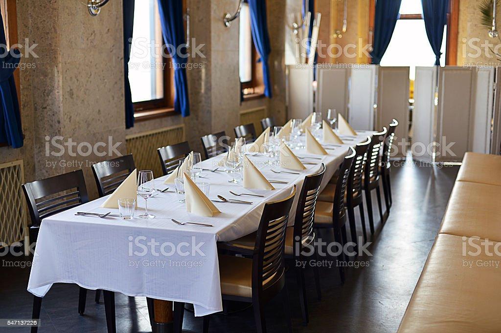 Fine Dining Restaurant Dinner Table Place Setting Napkin Wineglass ...