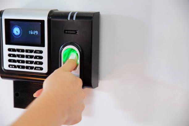 Fingerabdruck-Scan für das Eingeben von Sicherheitssystem mit Copyspace – Foto