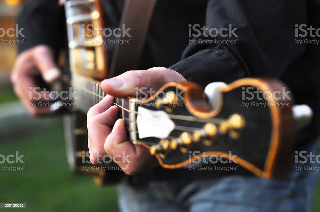 Dedo tocando Banjo - foto de acervo