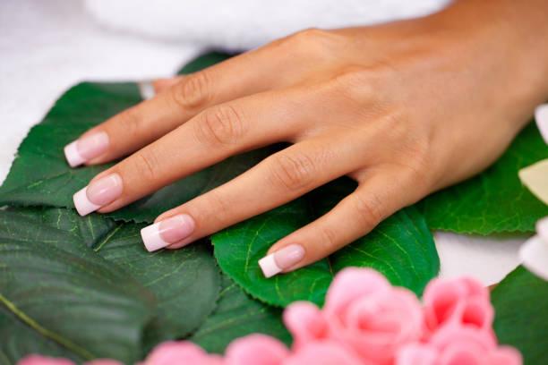 fingern & spa - nailstudio stock-fotos und bilder