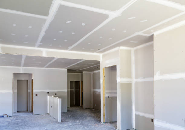 Finished Sheetrock in New Home Finished Sheetrock in New Home Construction dry stock pictures, royalty-free photos & images