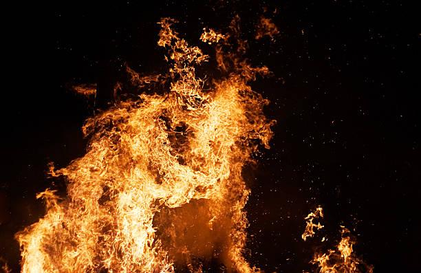 Columna de incendios - foto de stock