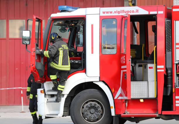 Feuerwehrfahrzeug während eines – Foto