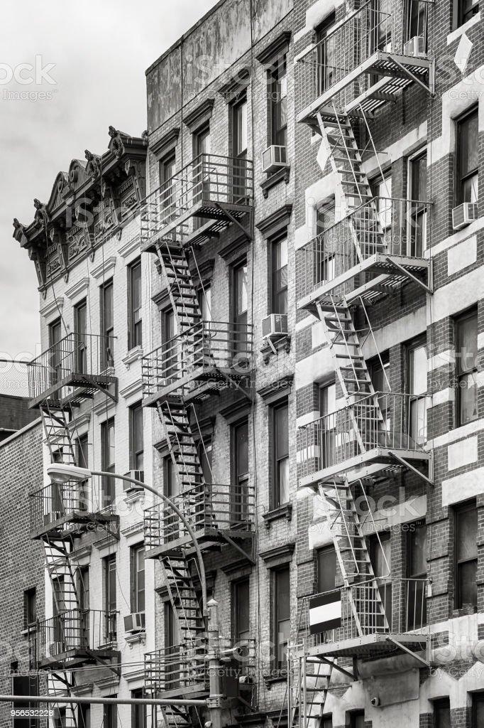 Feuer entweicht, eines der Wahrzeichen von New York City, USA. - Lizenzfrei Architektur Stock-Foto