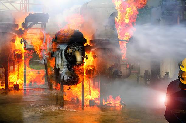 fire fighter, bombero la industria. - foto de stock