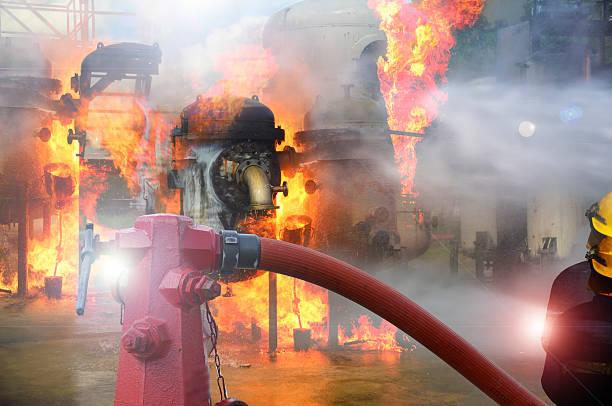 Boca de incendios, manguera de conexión, de extinción de incendios para fire fighter equipos - foto de stock