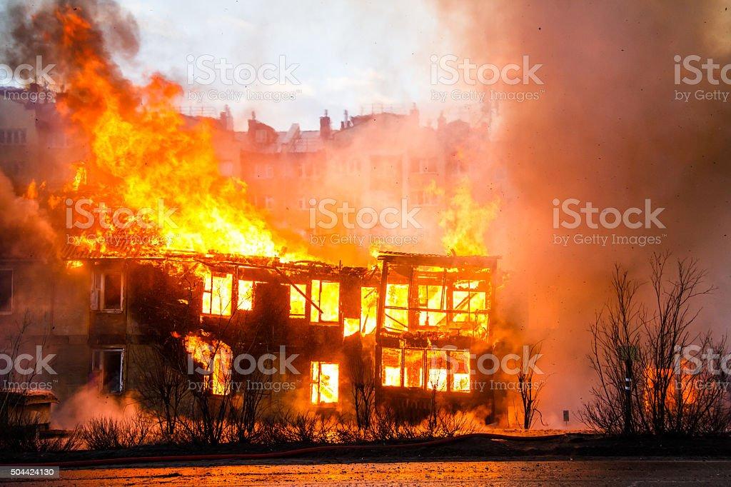 Feuer in einem Haus – Foto