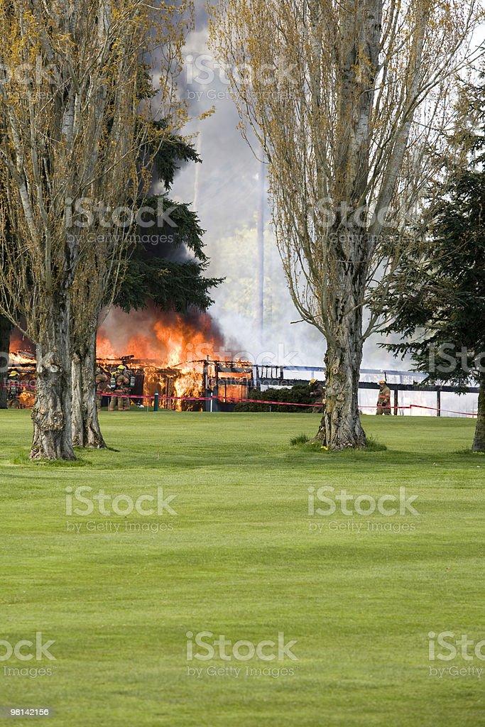 Fuoco su un campo da Golf foto stock royalty-free