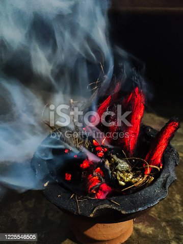 fire on coconut shell for smoke