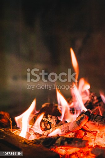 874991150 istock photo fire 1067344154