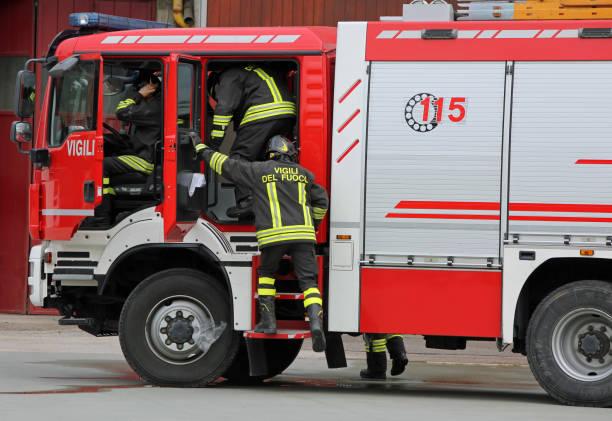 Feuer LKW und Talian Feuergefecht – Foto