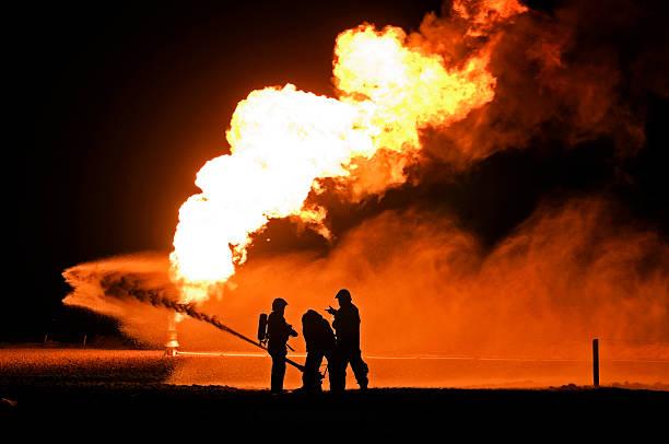 Pompiere esplosioni di gas provocate formazione - foto stock