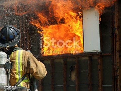 istock Firefighter- Inferno 157283723