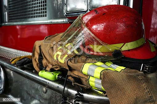istock Firefighter 922029668