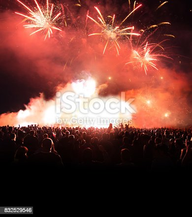 istock Firework Display With Celebrating People 832529546