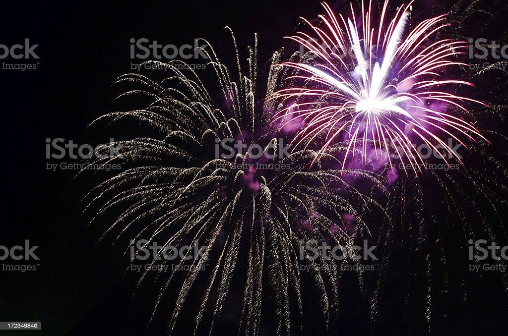 Fuegos artificiales parte cierre foto de stock libre de derechos