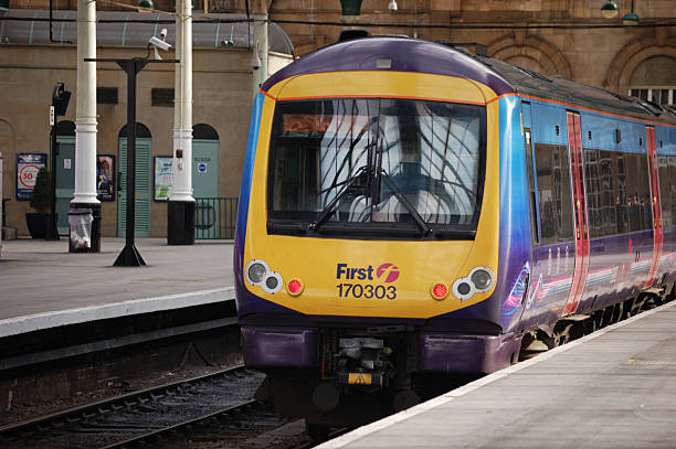 first hull trains adelante - hull stock pictures, royalty-free photos & images